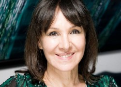 Image of Arlene Phillips