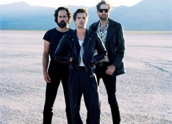 Image of The Killers and Frontier Touring