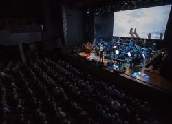 Image of MOFO 2016, Kate Miller-Heidke and the Tasmanian Symphony Orchestra with visuals by Amy Gebhardt