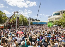 Image of The Incredible and Phenomenal Journey of The Giants to the Streets of Perth