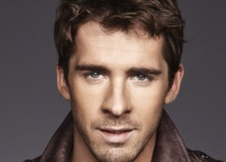 Image of Hugh Sheridan