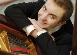 Image of Alexander Gavrylyuk Prokofiev Piano Concerto No.3 with the Sydney Symphony