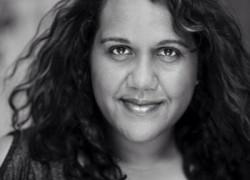 Image of Elaine Crombie